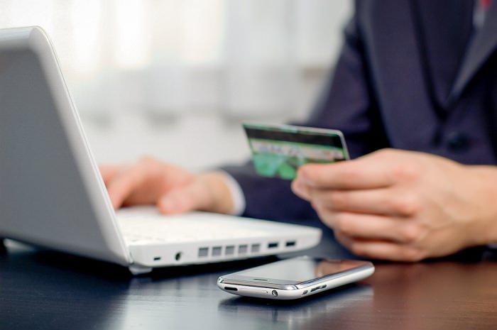 Card plati online