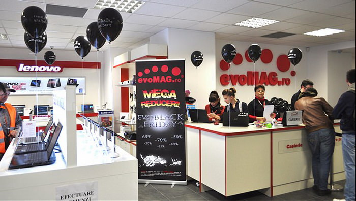 Black Friday 2013 Showroom evoMag