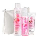 Set cu 4 produse cosmetice de ingrijire cu flori de cires